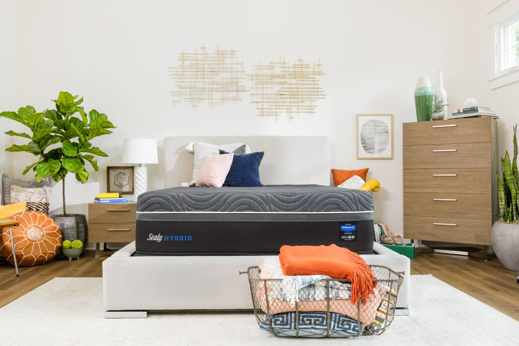 Sealy Hybrid mattress in a decorated bedroom.