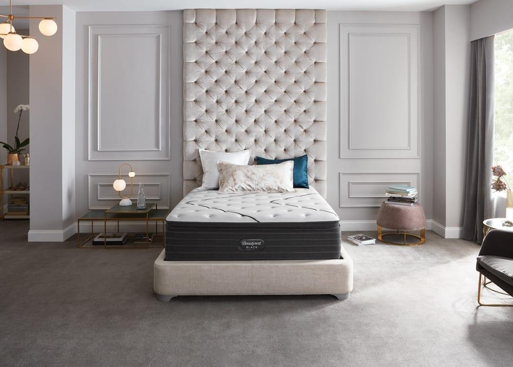 Queen Size Serta Perfect Sleeper Mattress