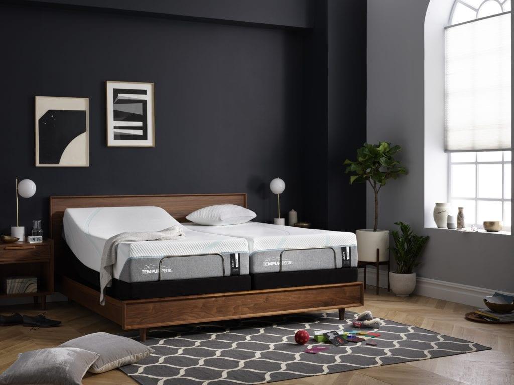 Split King Bed in a bedroom