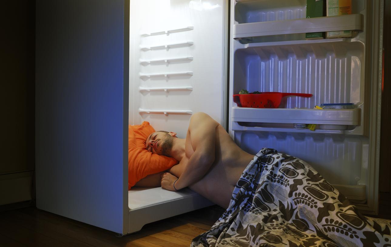 Man overheated is sleeping in his fridge